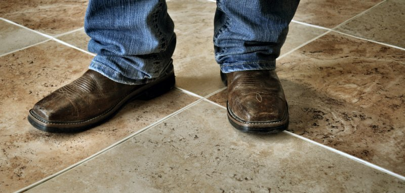 perfection-floor-natural-stone-travertine-sienna-camel-boots.jpg