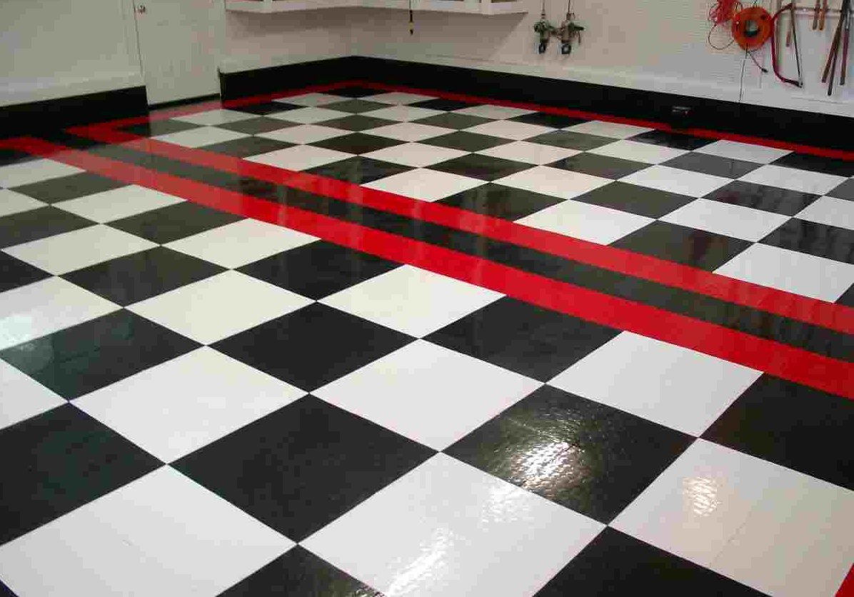 Race deck tiles garage floor tiles rigid garage floor for 12x12 roll up garage door