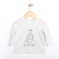 Girls cotton top for babies, infants and toddlers.  Heather grey with bird graphic.