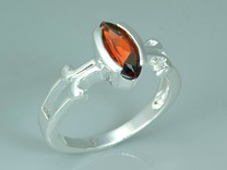 1.25 Carats Marquise Cut Genuine Garnet Sterling Silver Ring Style SR8656