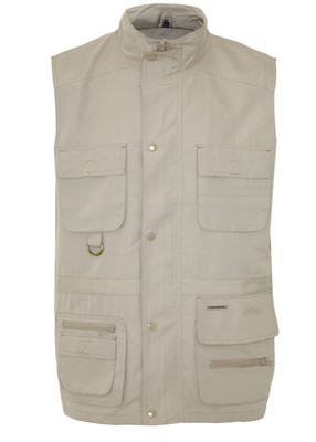 Lightweight multi-pocket gilet