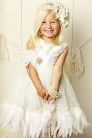 Beautiful Girls Party Dress   White Couture Flower Girl Dress