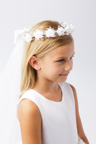 Girls Crystal Accent Floral Head Wreath With Communion Veil