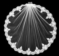 Girls Stunning Couture  Alencon Beaded Lace Communion Veil