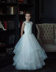 Gorgeous Couture Flower Girl Communion Gown With Lace And Tulle