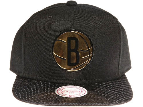 Brooklyn Nets Gold Logo Woven Brim Mitchell & Ness NBA Black Snapback Hat