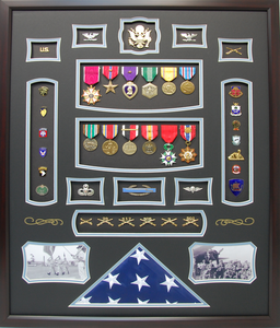 U.S. Army Officer Infantry Shadow Box Display