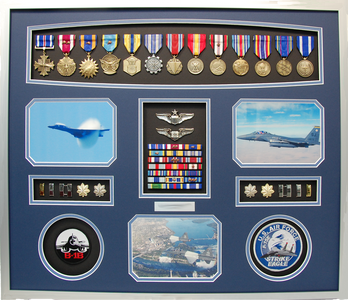 U.S. AIR FORCE FIGHTER PILOT SHADOW BOX DISPLAY