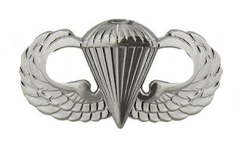 Badge: Parachutist - regulation size
