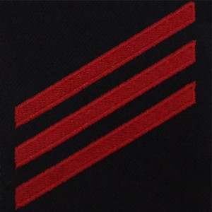 Navy E3 Rating Badge: Fireman - red chevrons on blue serge