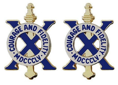 Army Crest: 10th Infantry Regiment - Courage and Fidelity MDCCC- pair