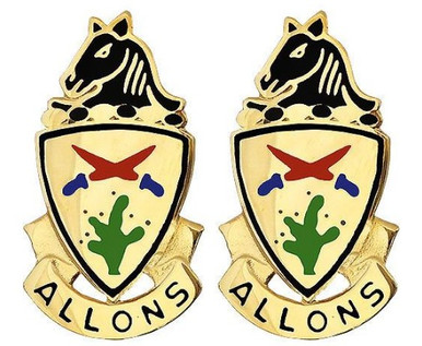 Army Crest: 11th Armored Cavalry – Allons- pair