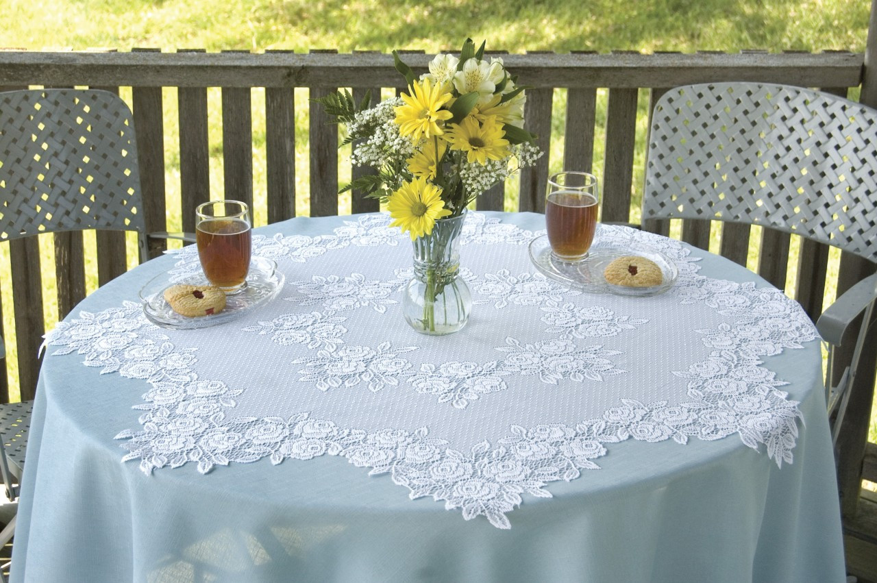 Tea Rose Round Table Toppers Yourtablecloth
