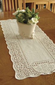 Canterbury Classic Vintage Lace Table Runners