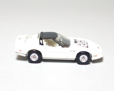 Hot Wheels 1988 35th Anniversary Edition Corvette in White Limited Edition for Corvette Central