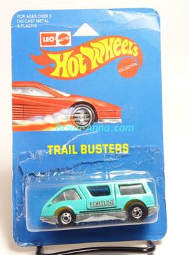Hot Wheels Leo India Mattel Dream Van, Aqua, Red Fortune tampo, blisterpack