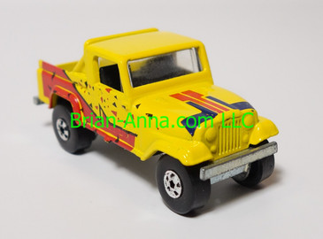 Hot Wheels Leo India Mattel Jeep Scrambler in Yellow, blackwall wheels, loose