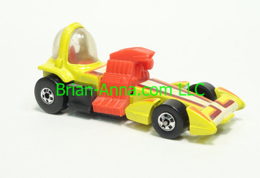 Hot Wheels 1983 Speed Machine Series Bubble Gunner in Yellow with Black base, Blackwall wheels, Malaysia base