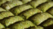 Small Tray of Durum (1 Tepsi) - 48 Pcs  -WE CAN'T SHIP IN SUMMER DUE TO PISTACHIO MELTING