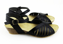 Malaga Low Wedge - Black