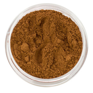 loose mineral foundation Mora shade very dark shade of warm bronze skin tone with undertones of reddish brown and golden combined 3 formulas for normal / dry / oily / combo / acne / sensitive skin