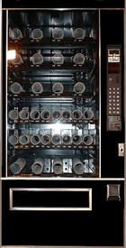 Snack Mart USI3158 Snack Machine - Refurbished