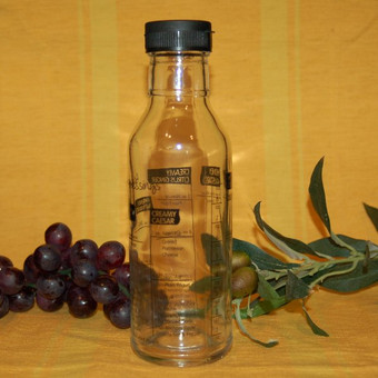 Salad Dressing Shaker & Maker