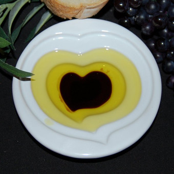 Pinzimonio Olive Oil Dipping Dish - Heart Design
