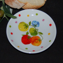 Tomatoes on Vine Tidbit Dish