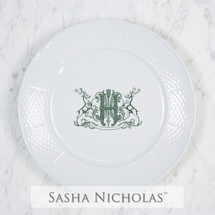 A beautiful addition to your dinnerware collection and to adorn your tablescapes with. It makes the perfect gift for your wedding registry and has the option to include an inscription on back. Choose from their signature font styles or use a custom monogram or crest of your choice! | Sasha Nicholas's white porcelain weave dinner