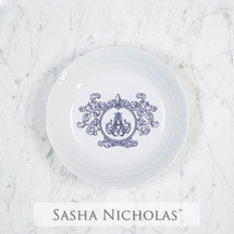 A beautiful addition to your dinnerware collection and to adorn your tablescapes with. It makes the perfect gift for your wedding or gift registry. Choose from their signature font styles or use a custom monogram or crest of your choice! | Sasha Nicholas's white porcelain weave cereal