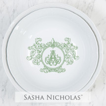 A beautiful addition to your dinnerware collection and to adorn your tablescapes with. They make the perfect gift for your wedding registry and has the option to include an inscription on back. Choose from their signature font styles or use a custom monogram or crest of your choice! | Sasha Nicholas's white porcelain nesting large and medium serving bowls