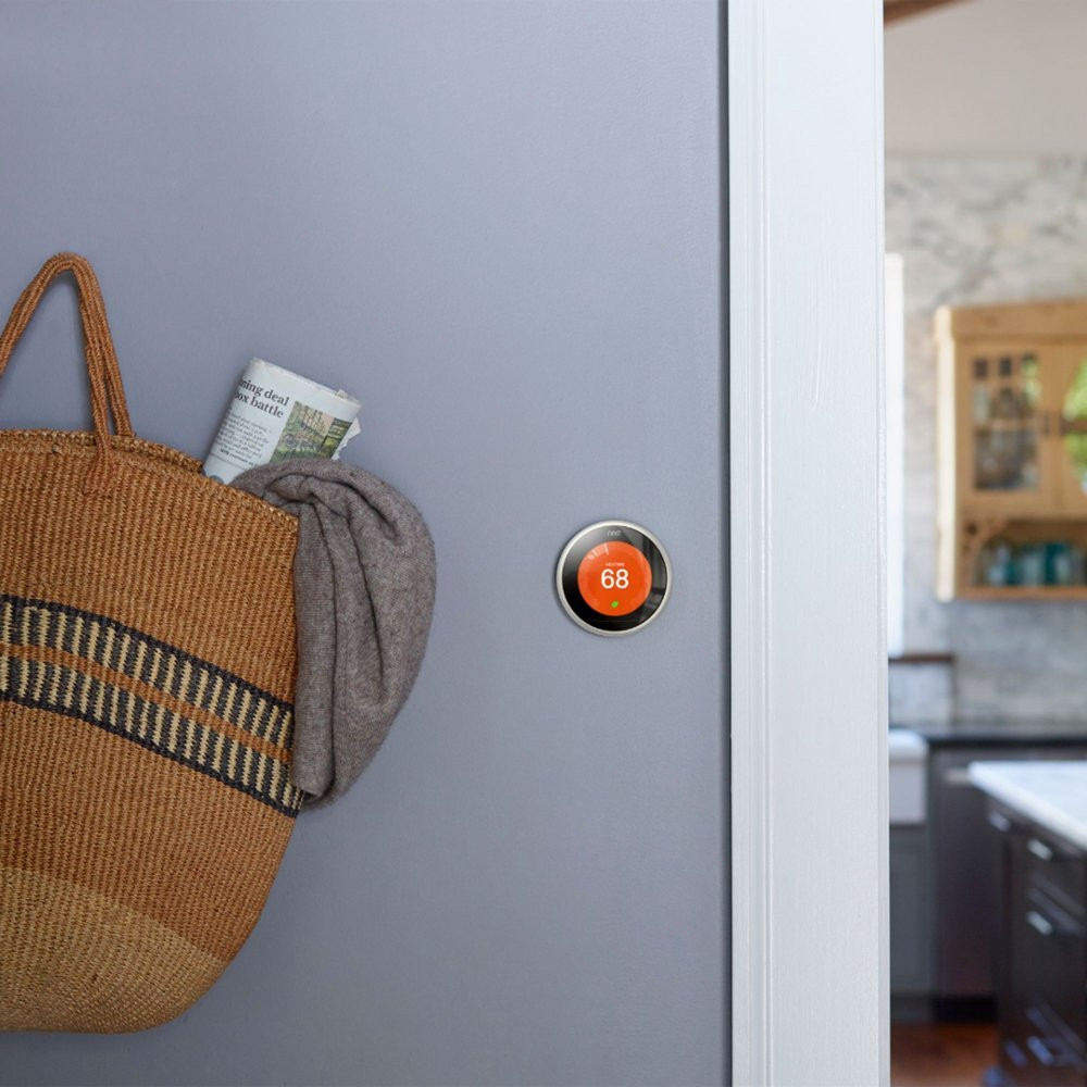 Nest Learning Thermostat, 3rd Gen - On Wall