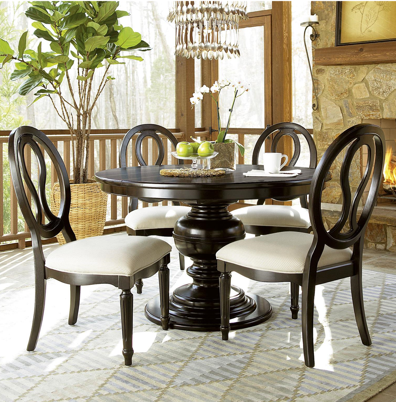 country chic maple wood round extendable dining table black zin home. Black Bedroom Furniture Sets. Home Design Ideas