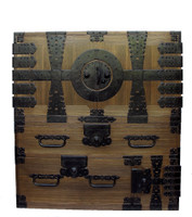 15B21 Kannon Isho Tansu 2 Section with Secret Compartment