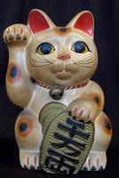 16M154 Maneki Neko Cat / SOLD