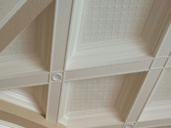 annapolis-mirroflex-wainscot-pack-winter-white-installed2.jpg