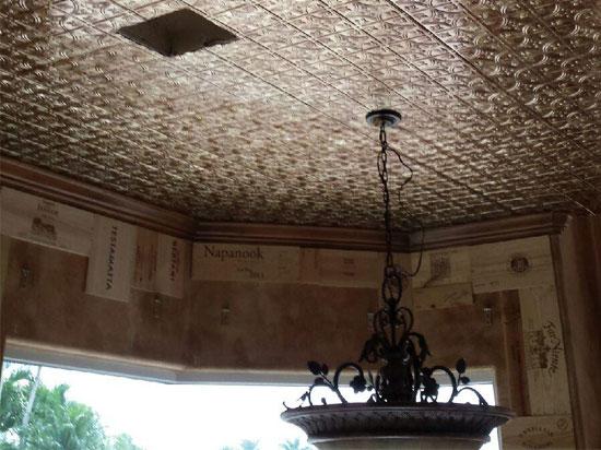 savannah-mirroflex-ceiling-tiles-pack-installed.jpg
