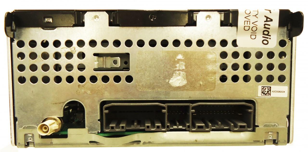A poor man's bluetooth setup for Wrangler JK base radio