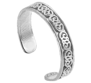 Fancy Floral White Gold Toe Ring