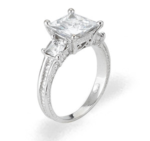 Ladies Cubic Zirconia Ring - The Salena Diamento