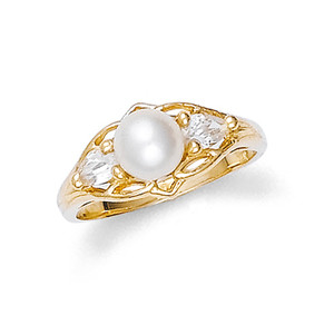 Pearl Ring with Cubic Zirconia
