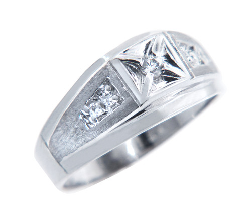 Gents 5 Diamonds in Gold Ring