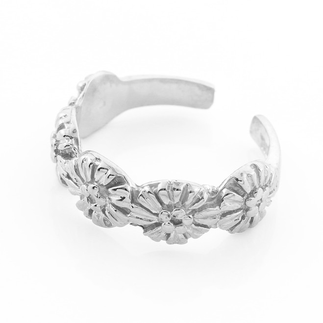 White Gold Flower Toe Ring