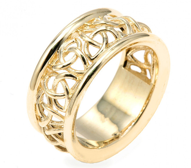 14k Celtic Knot Wedding Band