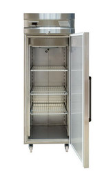 Inomak UFI2170 S/S SINGLE DOOR UPRIGHT FREEZER -654Litre. Weekly Rental $36.00