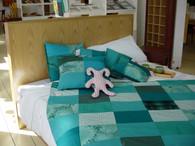 Box Bed, Queen size , American Oak