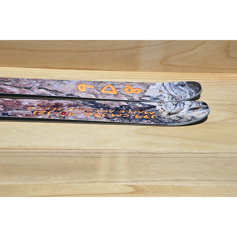 9D8 Ski Tail Profile.jpg