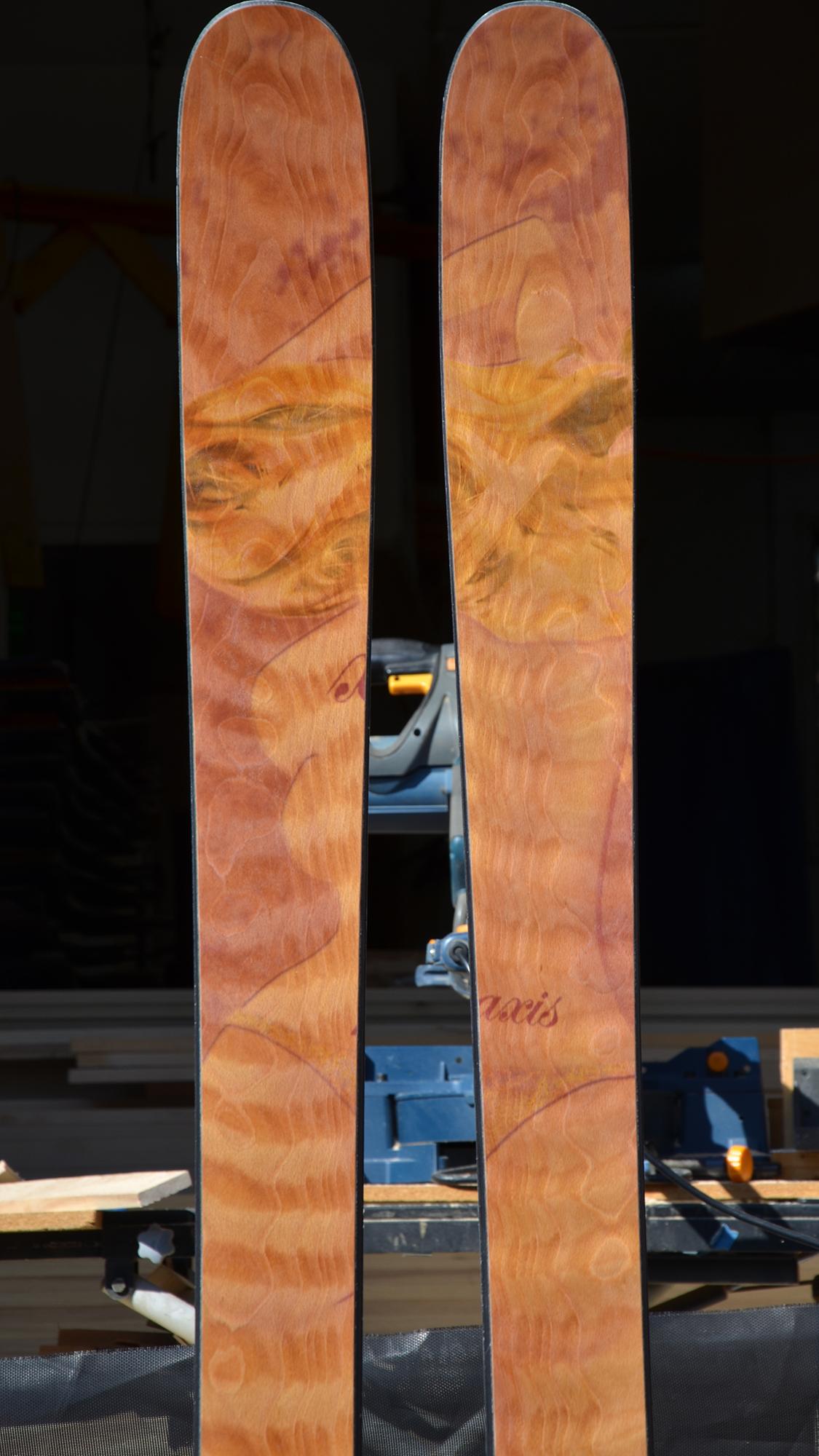bc-custom-ski-quilted-beech-veneer-sister-t-graphic-art.jpg