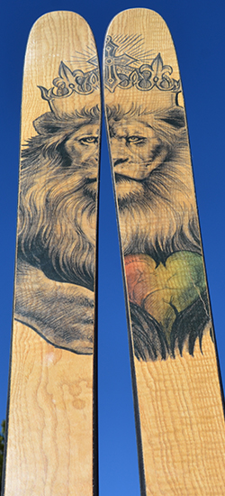 curly-ash-with-jamaican-lion.jpg